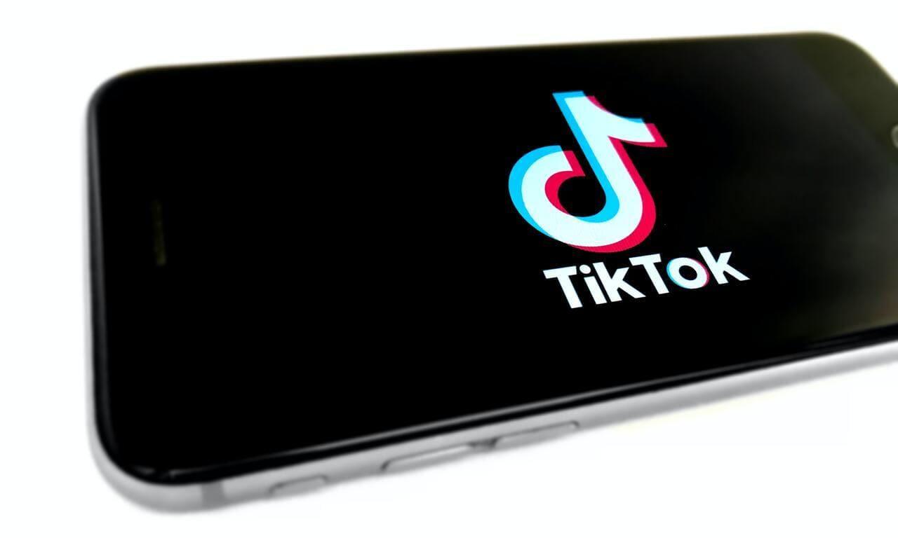 TikTok: come vedere i video a cui hai messo mi piace