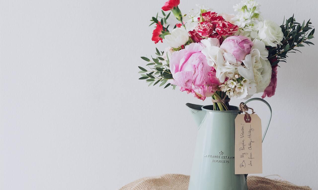 Come regalare fiori a distanza: i migliori siti